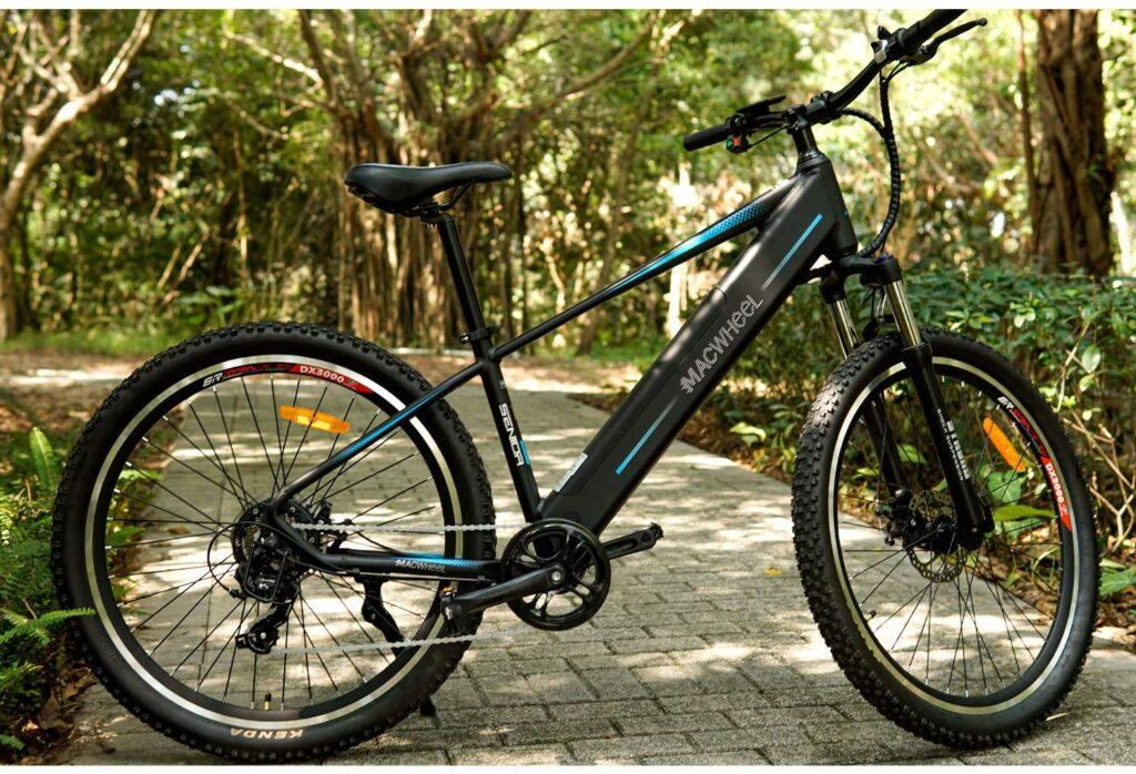 Macwheel-27-28-Bici-Elettrica-Citta-Trekking